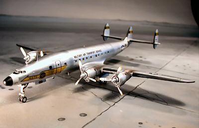 REVELL -1/144 Lockheed C-121C Constellation